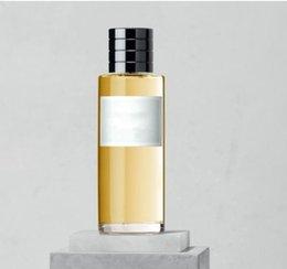 Vente en gros Parfum classique pour dames de la mode, parfum de pulvérisation EDP de 3,4 onces, parfum durable de haute qualité 125ML, livraison gratuite rapide.