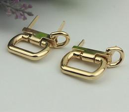 $enCountryForm.capitalKeyWord Australia - Metal Handbag Clasp Buckle O Ring Handles Straps Chain Hook Buckles DIY Hardware Bag Hanger Connector Accessories
