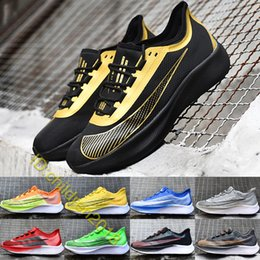 $enCountryForm.capitalKeyWord Australia - 2019 Designer Brand Marathon Running Shoes Zoom Fly 3 For Men Trainers Black Gold Racer Blue Mens Outdoor Sports Sneakers Size 7-11