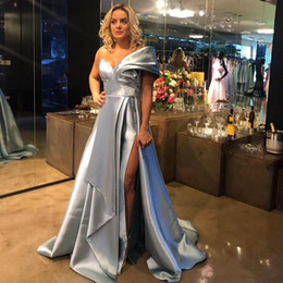 Robes Red caRpet online shopping - 2020 Modern Plus Size Evening Dresses Ruched With Side Split Sweep Train A Line Evening Gowns Cheap robes de soirée