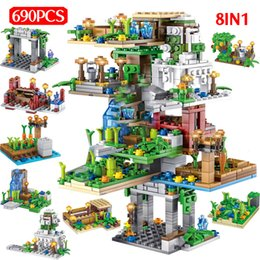 $enCountryForm.capitalKeyWord Australia - 690pcs My World Hanging Garden Building Blocks Legoingly Minecrafted Tree House Figure 8 In 1 Bricks Children Toys ChristmasMX190820