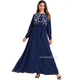 70ebca08c10 7557 Femmes Abaya Turquie Dubaï Bleu Robe Musulmane Broderie Bandage Robes  Caftan Turc Vêtements Islamiques Plus La Taille Bangladesh Robe