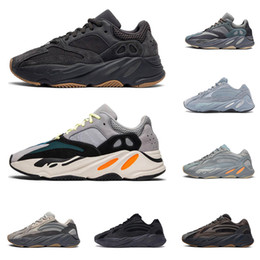 Green yellow sneakers online shopping - Kanye west men women running shoes m reflective Hospital Teal Blue Magnet Utility Black wave runner mens trainers fashion sneakers