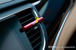Vente en gros 2018 voiture parfum de sortie d'air de voiture Vent parfum Clips automobile haut de gamme auto fournitures évents voiture désodorisants aromathérapie chaude