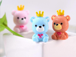 dolls cakes 2019 - Crown Bear Keychain Pendant Doll Resin Crafts Decoration Car Cake Decoration discount dolls cakes