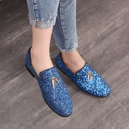 Opening pendants online shopping - Men Dress Shoes Fashion Sequins Casual Sickle Pendant Pointed Toe Solid Color Wedding Loafer Liesure Shine Doug Flat Shoes