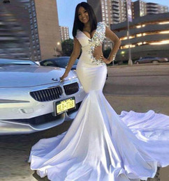 Hot Sexy White Dresses Australia - Hot Sell White Prom Dresses african Girls Vintage Mermaid Evening Gowns v neck Beads Crystals Long Sexy Cutaway Sides Vestidos Abendkleider