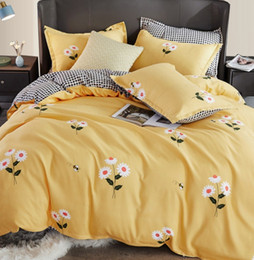 cream bedding Australia - Floral Duvet Cover Sets Cotton Yellow Pink Blue Bedding Sets for Girl Woman Garden Plant Style Quilt Cover Set Three Pieces Bedding Supplies