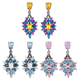 $enCountryForm.capitalKeyWord Australia - Colorful Crystal Vintage Drop Earrings Water Drop Flower Design Bohemian Jewelry Wedding Jewelry Holiday Souvenir Gifts New