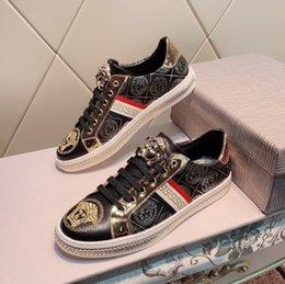 2019p outono novo couro de luxo dos homens tênis, high-end moda casual calçados esportivos selvagens, entrega caixa original, tamanho: 38-44 em Promoção