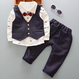 $enCountryForm.capitalKeyWord NZ - cute baby boy boutiques clothing kids causal wear rompers clothes fashion 3pcs boys suits children clothing new kids wear casual clothes