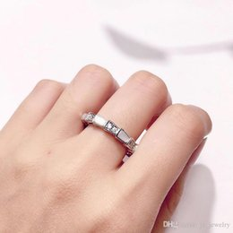 $enCountryForm.capitalKeyWord Australia - Fashion Snake Shape Ring Diamonds Jewelry Rose Gold-color Serpent Rings For Women Cute Party Jewelry for women