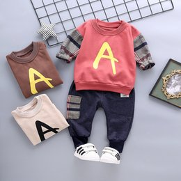 $enCountryForm.capitalKeyWord Australia - Spring Autum Baby Girls Boys Clothing Children Infant Clothes Suits Plaid Letter A T Shirt Pants 2Pcs Sets Kids Toddler Costume