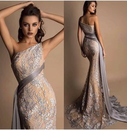 $enCountryForm.capitalKeyWord Australia - Illusion Mermaid 2019 African Dubai Evening Dresses One Shoulder Lace Prom Dresses Vintage Sexy Formal Party Bridesmaid Pageant Gowns