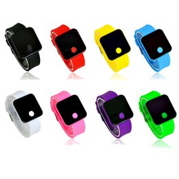 Новый ультра тонкий свет мужчины девушка силиконовые цифровой светодиодный спортивные наручные часы носимых устройств smartwatch relogios падение магазины