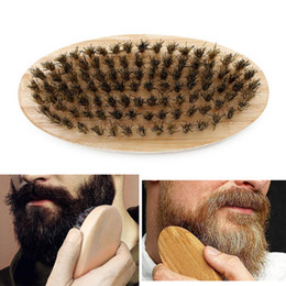 Ingrosso Setole di cinghiale Barba spazzola dura di legno rotondo maniglia antistatico Cinghiale pettine parrucchiere strumento per gli uomini Barba Trim personalizzabile VT0669