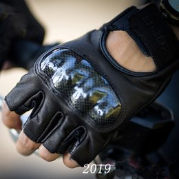 Real Leather Racing Gloves Australia - Carbon Fiber Retro Real Leather Motorcycle Gloves Men Breathable Summer Spring Motocross Racing Gloves Half Finger Guantes Moto