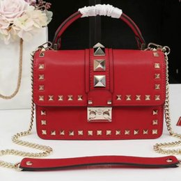 leather chains Australia - Fashion rivet handbag 2019 new Messenger bag leather shoulder chain star with the same paragraph handbag custom style