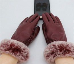 Korean gloves online shopping - Autumn and winter women s gloves manufacturers plush warm Korean version touch screen riding tram thickened rabbit hair mouth glov