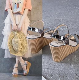 $enCountryForm.capitalKeyWord Australia - 2019 new fashion women hot sale summer sexy Coat of paint fish's mouth open-toed comfortable Wedge sandals