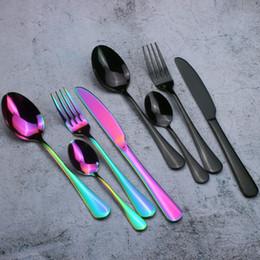 Vente en gros Set de couverts délicats en acier inoxydable Set de couverts en titane colorés, cuillère, couteau, fourchette, couteau