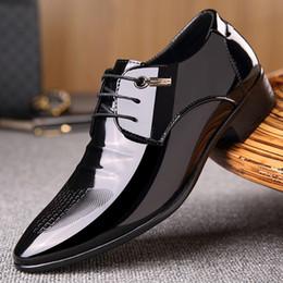 $enCountryForm.capitalKeyWord Australia - Fashion Patent Leather Men's Bussines Dress Shoes, Lace-Up Casual Men Flats Weddng Shoes , High Quality Men Derby Shoes