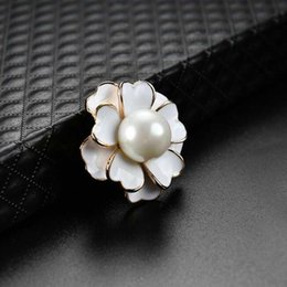 white enamel flower brooch Australia - Elegant Women Pearl Flower Corsage Brooch Enamel Pearl Bouquet Brooch Pins Women Wedding Party Jewelry Accessories