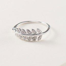 Настоящее 100% стерлингового серебра 925 пробы перо листья регулируемый палец кольцо для женщин тонкой партии ювелирных изделий Рождественский подарок YMR468 на Распродаже