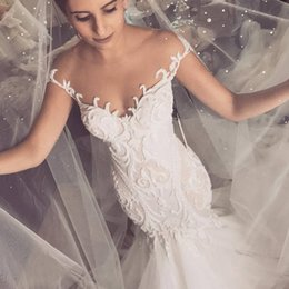 $enCountryForm.capitalKeyWord Australia - Saudi Arabic Middle East Wedding Dresses Sheer Neckline Sleeves Lace Appliques Long Bridal Gowns With Buttons Vestidos