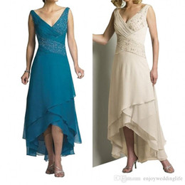 tiered mother bride dress jacket NZ - Chiffon Mother of the Bride Dresses With Jacket Tiered V-Neck Criss-Cross Pleat Turquoise Cream Hi-Lo 2020 Wedding Party Gown