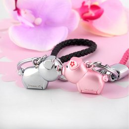 rose gold pendants for women Australia - Milesi - Brand 3d Kiss Pig Key Chain Keychain Key Ring For Women Novelty Souvenir Pendant Couple Lovers Trinket Love MeSH190724