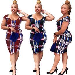 $enCountryForm.capitalKeyWord UK - Women sexy print dresses slim mini skirts designer summer clothing short sleeve fashion clubwear off shoulder skinny dress hot selling 923