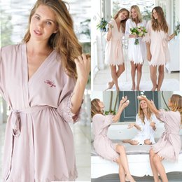 Night robe 3xl online shopping - Short Bridesmaid Brides Night Robe Brides Wedding Gift Bathrobe Kimono Soft Night Gowns Sleepwear Robes For Weddings Customize Name FS8217