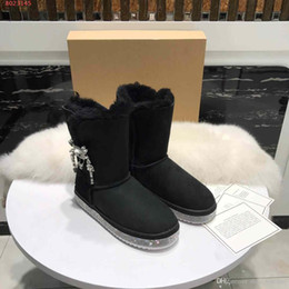 Nubuck Shoes Fur NZ - Ankle boot Import wool and fur in one Pure hand crochet Beading The latest style of flat casual shoes snow boots elegant temperament