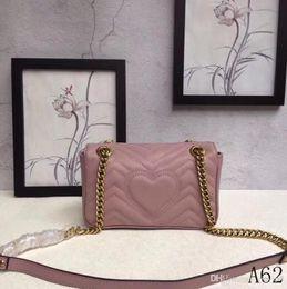 $enCountryForm.capitalKeyWord NZ - Women's Classic Leather Heart-shaped Gold Chain Hot Sale 2018 New Wave Pattern Lady Handbag Shoulder Messenger Bag Messenger 446744