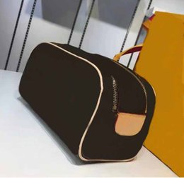 c00751d690f2 New Travel Toiletry Pouch Protection Makeup Zipper Bags Clutch Women  Genuine Leather Waterproof Cosmetic Bags For Women Purse Handbags