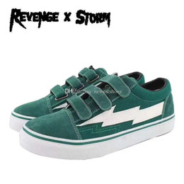 $enCountryForm.capitalKeyWord Australia - Revenge x Storm II Vol. 1 Low Hook Loop Green Blue Black Red White Mens Womens Skate Shoes Ian Connor Kendall Jenner Casual Sneaker With Box