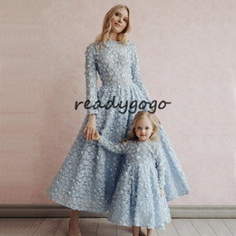 $enCountryForm.capitalKeyWord Australia - Latest Design sky Blue Crystal Flowers Evening Dresses 2019 Muslim Kaftan Long Sleeves 3D floral mother and daughter prom formal dress