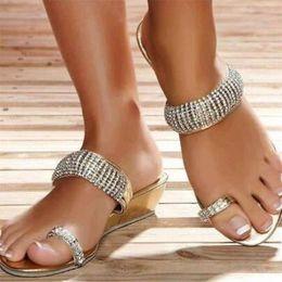 $enCountryForm.capitalKeyWord Australia - Brand New Rhinestone Women Flip Flops Fashion Wedge Sandals Women Slides With Crystal Comfortable Beach Shoes Woman Large Size