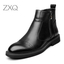 $enCountryForm.capitalKeyWord Australia - 2019 Autumn and Winter New Men Boots Vintage Brogue College Style Men Shoes Casual Fashion Slip On Boots For Man