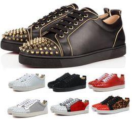 Designer Red Bottom Spikes con borchie Orlato Flat 2019 Casual Sneaker da uomo Scarpe da donna Gold Low Genuine Leather Junior Scarpe di moda di lusso in Offerta
