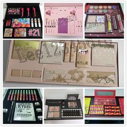 Die Sommerkollektion Momager Kylie Makeup Set bringt mich in den Urlaub Silber Serie Urlaub chrismates Wetter Kollektion Big Box I WANT IT ALL im Angebot