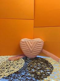 $enCountryForm.capitalKeyWord Australia - TOP quality Evening Bags designer cross body bags female cosmetic bag best quality cosmetic bag designer travel storage bag 21x16x7 cm 44520