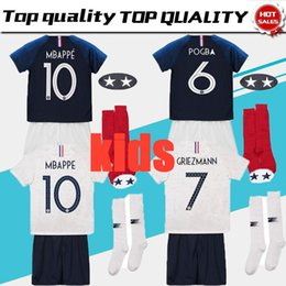 f42f5b45d Maillot de Foot enfant 2018 cheap football kids 2 stars two etoiles Equipe  de france uniform french kits Jerseys+pant+socks