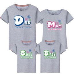 9046a52fd58d 1Piece New Family Matching Outfits T-shirt Clothes for 2019 Summer Family  Clothes Mother Father Daughter Son Top Clothing Fy016