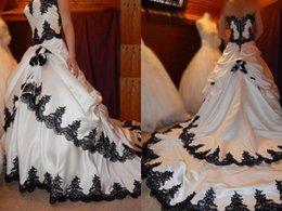 $enCountryForm.capitalKeyWord Australia - Classic Black and White A line Wedding Dresses Bridal Gowns Strapless Beaded Sequins Satin Applique Long Train Corset Wedding Gown Cheap
