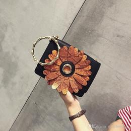 Hand Bags Flowers Australia - Women Small Hand Bag Flowers Designer Leather Shoulder Womans Fashion Messenger Lady Crossbody Luxury Handbag Women Bags Pu Material