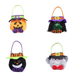 Wholesale Halloween Trick Or Treat Portable Candy Bag Tote Bucket Round tote with hood Pumpkin Basket Home Decor