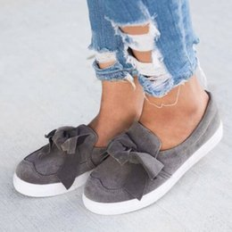 Decorating Flats NZ - Women Bowknot Decorated Casual Loafers Soft Soled Flat Shoes Solid Sneakers Canvas