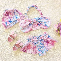 $enCountryForm.capitalKeyWord NZ - Summer New Children Swimwear Toddler Girls Split Swimsuit Baby Kids biquini Fly Sleeve Bowknot Bikini Set Beachwear Bathing Suit